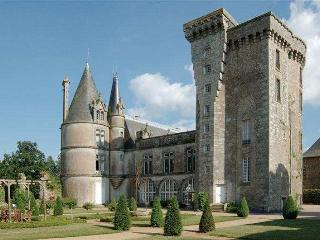 Chateau Flacelliere Keep - La Flocelliere vacation rentals