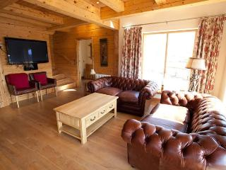 4 bedroom Cabin with Deck in Fort William - Fort William vacation rentals