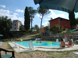 7 bedroom Guest house with Internet Access in Collevalenza - Collevalenza vacation rentals