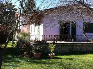 Villa sul fiume a Bocca di Magra - Ameglia vacation rentals