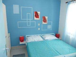 Family friendly apartment with WiFi Necujam Blue - Necujam vacation rentals