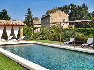 Moulin de Souchieres en campagne à 15 km d'Avignon - Avignon vacation rentals