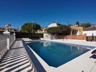 Beautiful Villa with Internet Access and Television - Vilanova i la Geltru vacation rentals
