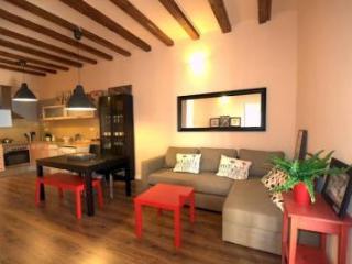 Cosy Flat near las Ramblas - Barcelona vacation rentals