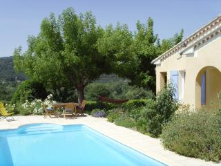 Wonderful 3 bedroom Bungalow in Vaison-la-Romaine - Vaison-la-Romaine vacation rentals
