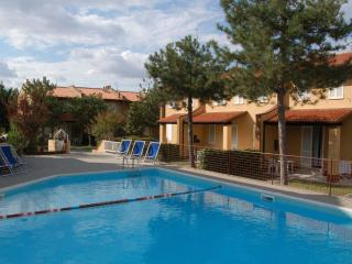 Nice Resort with Internet Access and Shared Outdoor Pool - Lido di Pomposa vacation rentals