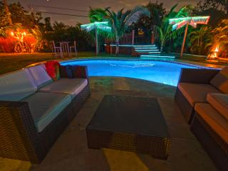 5 bedroom, 5 bath luxury house Heated Pool/Hot tub - Hollywood vacation rentals