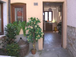 3 bedroom House with Dishwasher in Casola in Lunigiana - Casola in Lunigiana vacation rentals