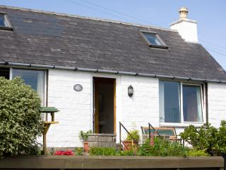 Cozy 2 bedroom Waternish Cottage with Satellite Or Cable TV - Waternish vacation rentals