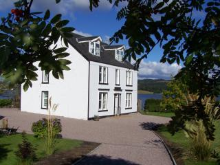 Seaside House - middle flat - Ardrishaig vacation rentals