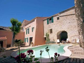 Caux holiday home in France with private pool - Caux vacation rentals