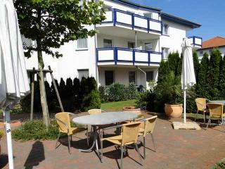 """Pension """"Maiglöckchen"""" DZ PG - Karlshagen vacation rentals"""