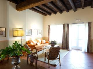 One bedroom apartment ground floor - Peschiera del Garda vacation rentals
