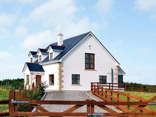 4 bedroom Cottage with Parking Space in Cobh - Cobh vacation rentals