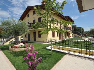 RESIDENZA LA RICCIOLINA - Verona vacation rentals
