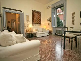 Charming 2 bedroom Condo in Rome with Internet Access - Rome vacation rentals