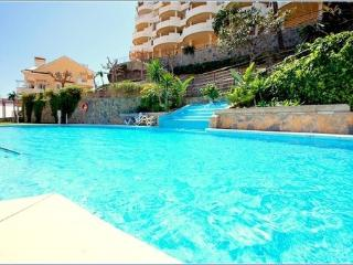 2 bedroom apartment 5 min walk to Puerto Banus-SAT - Puerto José Banús vacation rentals