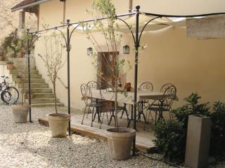 La Grange Ancienne near Semur, Beaune & Dijon - Chatillon-sur-Seine vacation rentals