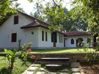 3 bedroom House with Internet Access in Galle - Galle vacation rentals