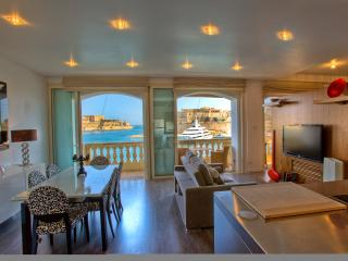 Outstanding Grand Harbour designer Apartment - Senglea vacation rentals