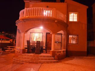 Casa Esquina - Home away from home - Alicante vacation rentals