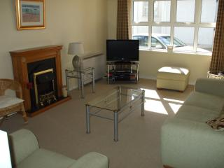 Nice 2 bedroom Portballintrae Apartment with Television - Portballintrae vacation rentals