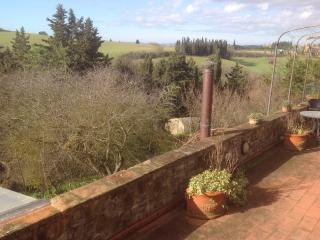 Bright 4 bedroom Barberino Val d'Elsa Farmhouse Barn with Balcony - Barberino Val d'Elsa vacation rentals