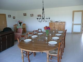 Bright 4 bedroom House in Locquirec - Locquirec vacation rentals