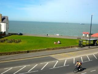 Ocean Views holiday apartment, 5 bedrooms - Margate vacation rentals