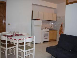 Summertime casa Vacanza bilocale a Roccalumera - Roccalumera vacation rentals