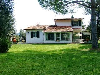 4 bedroom House with Parking in Donoratico - Donoratico vacation rentals