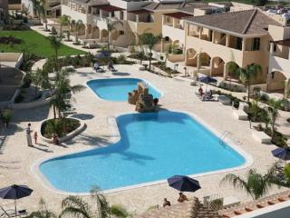 2 bedroom Apartment with Internet Access in Mandria - Mandria vacation rentals