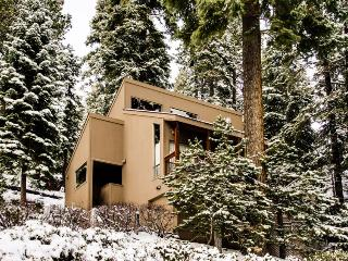Tahoe City Exclusive with Lake Views - Tahoe City vacation rentals