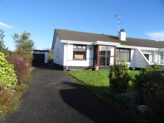 Nice Bungalow with Internet Access and Satellite Or Cable TV - Portrush vacation rentals