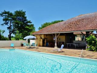 Au Marron - Sainte-Dode vacation rentals