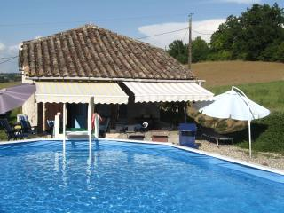 French holiday country cottage and private pool - Brassac vacation rentals
