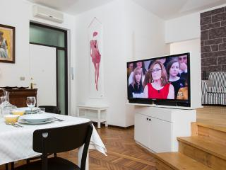 Lovely 2bdr in Milan city centre - Milan vacation rentals