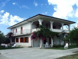 Charming 2 bedroom House in Marina di Ascea - Marina di Ascea vacation rentals