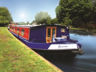Beautiful 3 bedroom Henley-on-Thames Houseboat with Internet Access - Henley-on-Thames vacation rentals