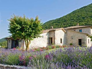 2 bedroom Villa with Internet Access in Perugia - Perugia vacation rentals