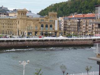AMALUR::Beach new design apartment town center 4p. - San Sebastian - Donostia vacation rentals