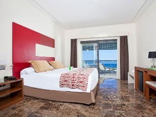 Wonderful Apartment in a Luxury Resort,Estepona - Estepona vacation rentals