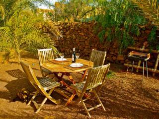 Romantic 1 bedroom Condo in Lajares - Lajares vacation rentals