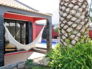 Aroeira Pool House - Charneca da Caparica vacation rentals