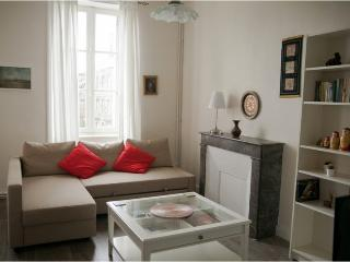 Lovely Studio with Internet Access and Wireless Internet - Dinan vacation rentals