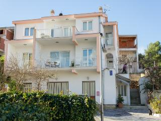 Apartment Rose, Ciovo island - Mastrinka vacation rentals