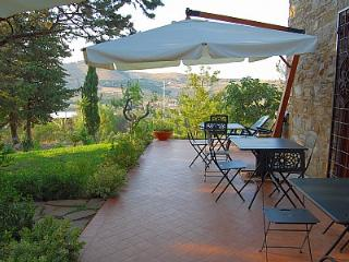 Bright 6 bedroom House in Santa Maria di Castellabate - Santa Maria di Castellabate vacation rentals