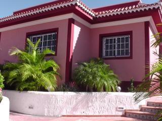 Casa Buganvilla near the beach - Los Abrigos vacation rentals