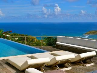 **SPECIAL OFFERS ON SELECTED WEEKS** Villa Ted - Ocean Views - 2 Bedrooms - Gustavia vacation rentals