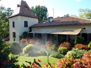2 bedroom Guest house with Internet Access in Montboyer - Montboyer vacation rentals
